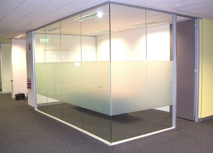 Glass-Partitions