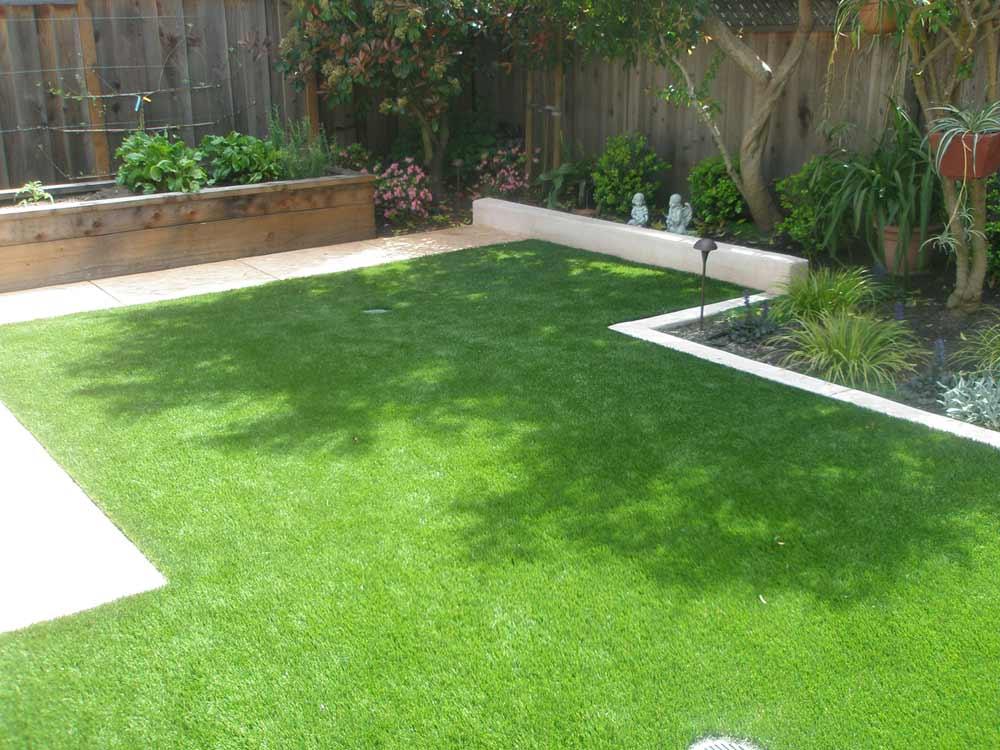 green-artificial-turf
